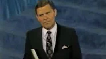 Photo of Kenneth Copeland And His False Teaching of Binding Satan