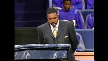 Photo of Creflo Dollar and the Little god Theology