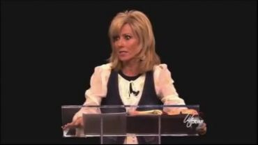 "Photo of Beth Moore Rebukes Those That Disagree with What She Calls ""Unity"" and ""Prophetic"""