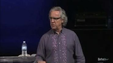 Photo of Bill Johnson Describing The Glory Cloud At His Church