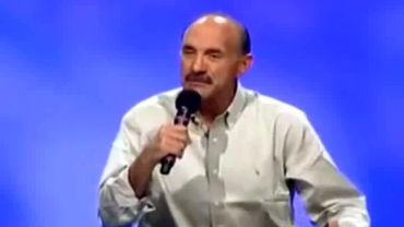Photo of Lou Engle Says Dreams Are Equal to the Bible